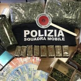 Scanzorosciate, 2 chili di droga in casa Blitz della Mobile: arrestato un giovane