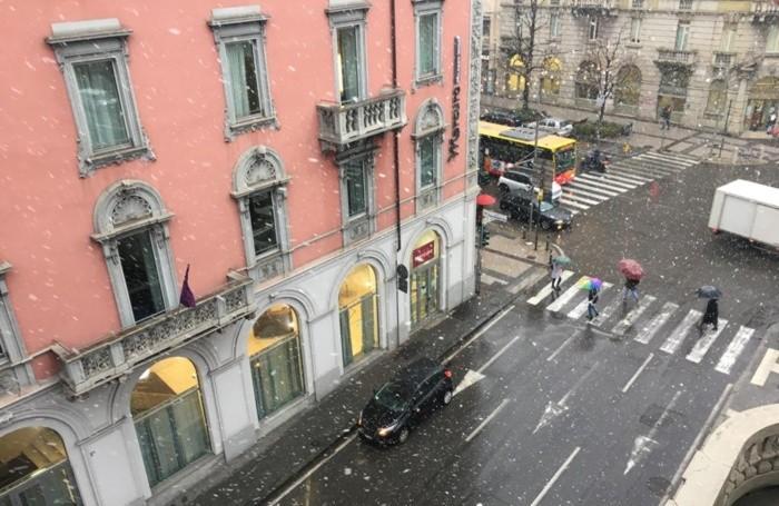 Prima nevicata anche in città