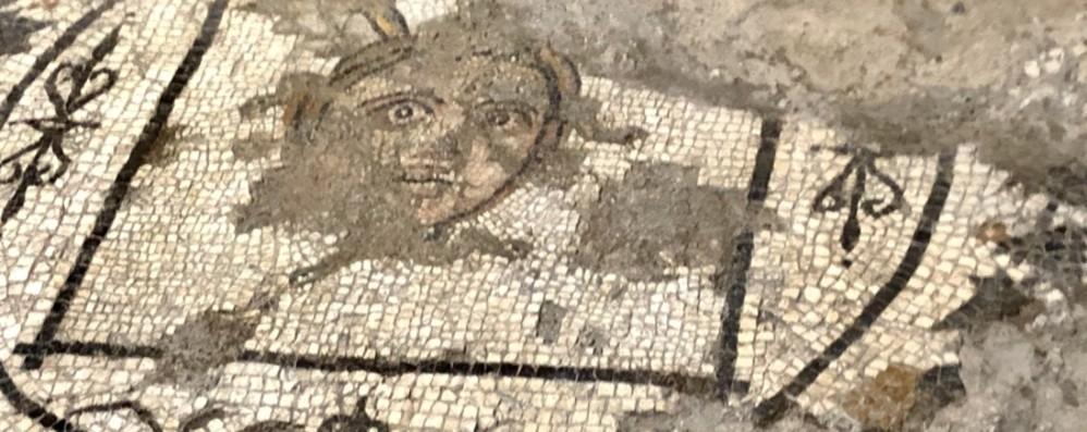 Lucerne e mosaici affiorano dagli scavi La storia di Bergamo si scopre in via Arena