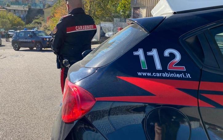 Brembate, arrestato spacciatore 46enne Nel motore dell'auto mezzo chilo di droga