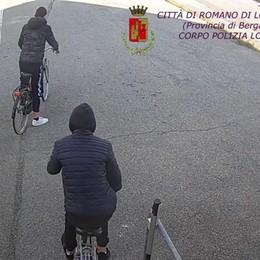 Furti, danneggiamenti e ricettazione Romano, due minorenni in comunità