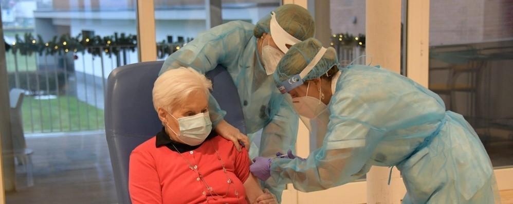 Vaccini anti-Covid anche nelle Rsa Prime 48 iniezioni a Treviglio -Foto