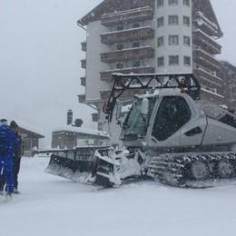 Il decreto chiude le piste e arriva la neve «Apriremo le seggiovie per gli sci club»