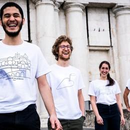 Magliette, musica e street art in aiuto ai nostri ospedali