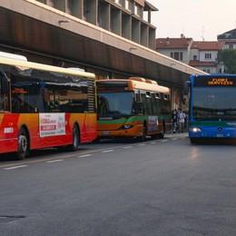 Scuola, più corse di bus Due fasce per le lezioni