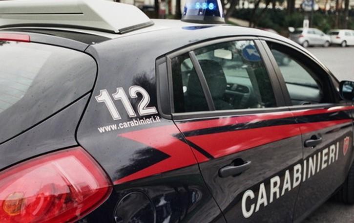 Spaccia droga a casa sua a Villongo 23enne arrestato dai Carabinieri