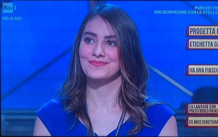 Sofia e le gallette di mais spinato portano fortuna in tv con Amadeus