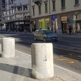 Nuova illuminazione, vasi e panchine Per marzo pronta via Tiraboschi