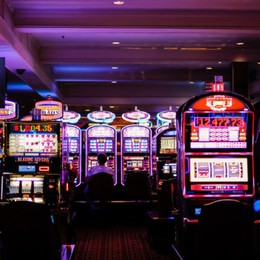 Slot machine spente solo 6 ore e non 13 «Noi sindaci come Don Chisciotte»