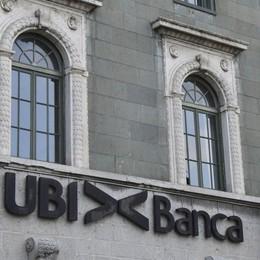 Intesa Sanpaolo lancia l'offerta pubblica per rilevare Ubi Banca