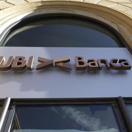 Offerta di Intesa, Ubi vola in Borsa Parte il risiko bancario