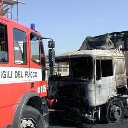 Camion in fiamme a Rovato sull'A4  Segui le nostre news in tempo reale