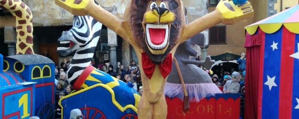 Pronti per Carnevale, tutti in maschera Le iniziative a Bergamo e provincia