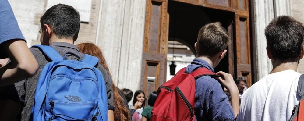 Dilaga pericolosa sfida tra adolescenti Bergamo, quattordicenne in ospedale
