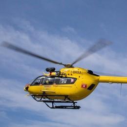 Scivola sul sentiero verso il Curò Volo di 30 metri, soccorso in elicottero
