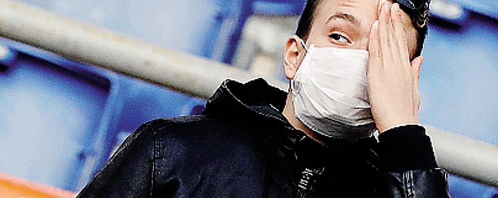Finti operatori sanitari per il coronavirus C'è chi truffa sull'emergenza: attenzione