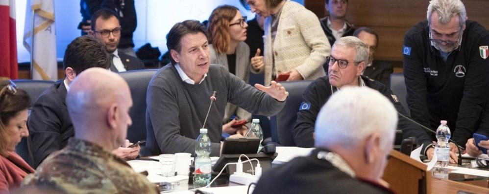 «In Italia 4mila controlli con il tampone» Conte: vogliamo contenere il virus