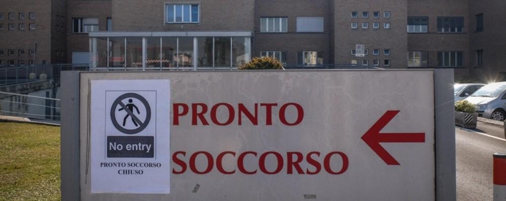 In Italia 76 contagi. Scuole, stop alle gite Aree focolaio, divieto di ingresso e uscita
