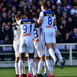 Atalanta in versione «trasferta». Zapata e Malinosvkyi mandano ko la Fiorentina (1-2)