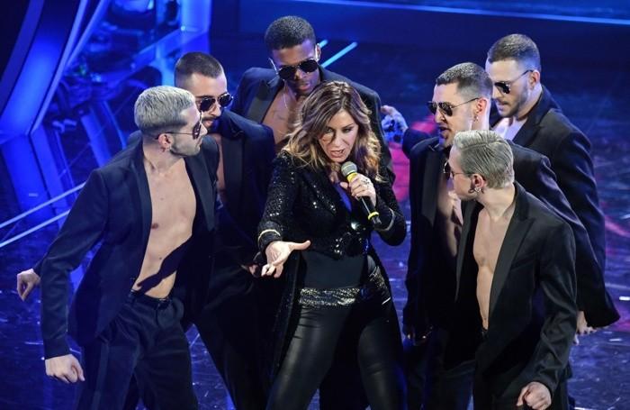Sabrina Salerno canta «Boys», il suo successo Anni Ottanta