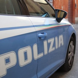 Ai domiciliari per droga esce in Porsche In cella per evasione e violazione decreto covid