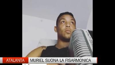 Atalanta, Luis Muriel suona la fisarmonica
