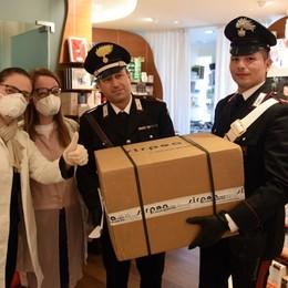 I carabinieri aiutano farmacie e ospedali Trasportati materiale, mascherine e guanti