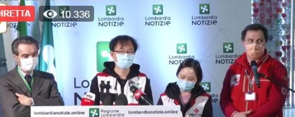 Medici cinesi a Milano: «Misure ancora blande» Troppa gente in strada, va chiuso tutto