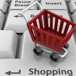 Spesa a casa, la consegna è gratis Ecco la lista degli oltre 500 i negozi