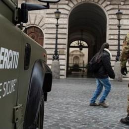 Bergamo, militari  per i controlli  Dall'aeroporto alle strade della città