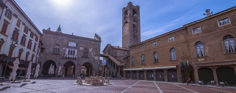 Chiudere per vivere Il grido di Bergamo