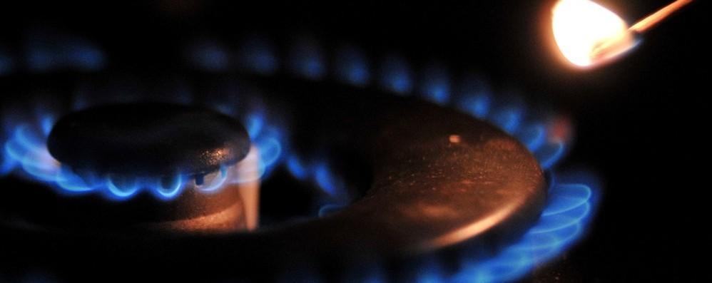 Da aprile bollette in discesa:184 € in meno  Elettricità -18,3%, gas -13,5%