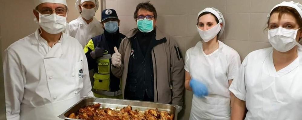 Da Gavazzeni all'ospedale degli Alpini I pasti diventano occasione di solidarietà