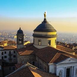 Sui tetti di Bergamo