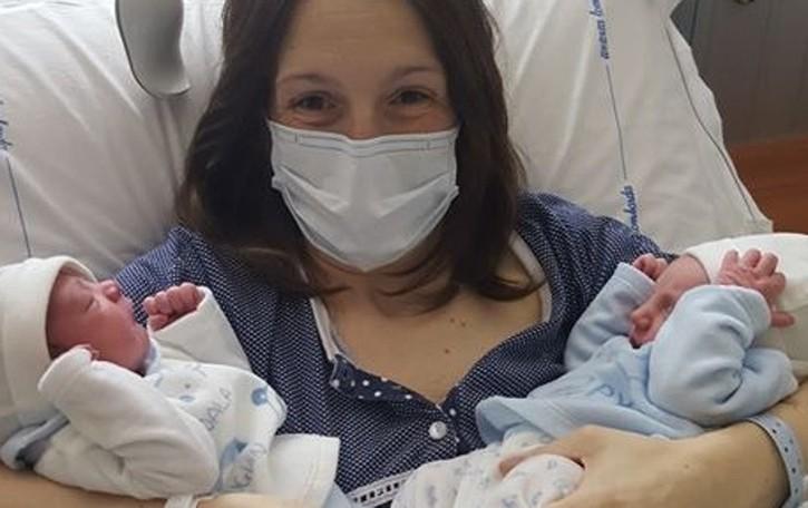 Un raggio di luce illumina Serina Sono nati i gemellini Davide e Diego