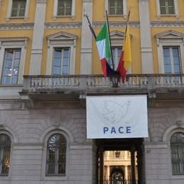 Buoni spesa, Bergamo è già pronta Dal 31 attivi due numeri di telefono