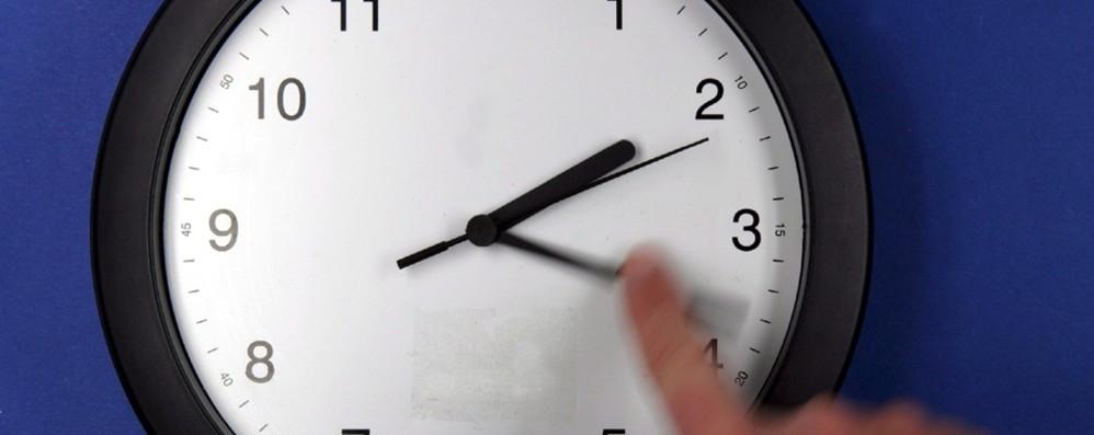 Domenica 29 marzo torna l'ora legale L'orologio avanti nella notte di sabato