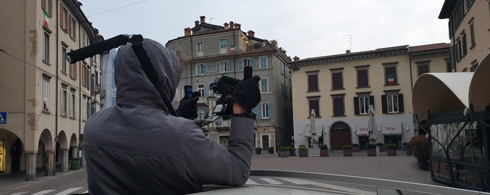 La Bergamo che non avete mai visto Una città che lotta in silenzio - Video