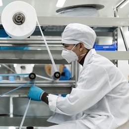 Virus e l'industria che si riconverte. Prove di alleanze per la ripartenza