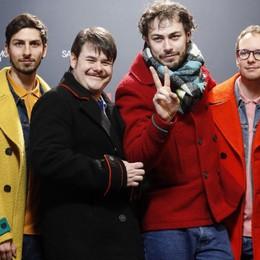 Cantanti e attori in una maratona Stasera i «Pinguini» canteranno Bergamo