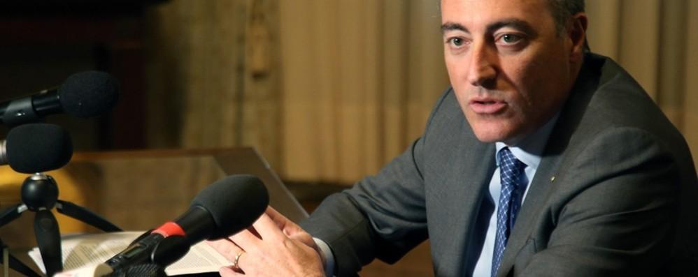 Gallera: «Il governo deciderà, ma invito  chi è nelle aree a rischio a restare a casa»