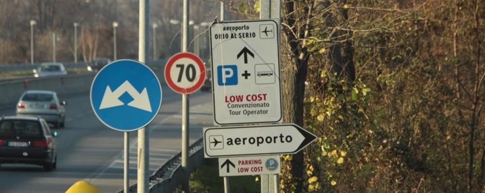 Il parcheggio P5 a nord dell'aeroporto sarà spostato. Evitato consumo di suolo