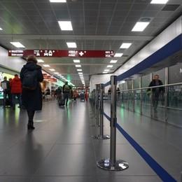 Orio, oltre 400 voli cancellati da Ryanair Le compagnie riducono i viaggi