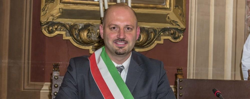 Alzano, il sindaco: «In attesa di indicazioni ma rispettiamo  le regole anti contagio»