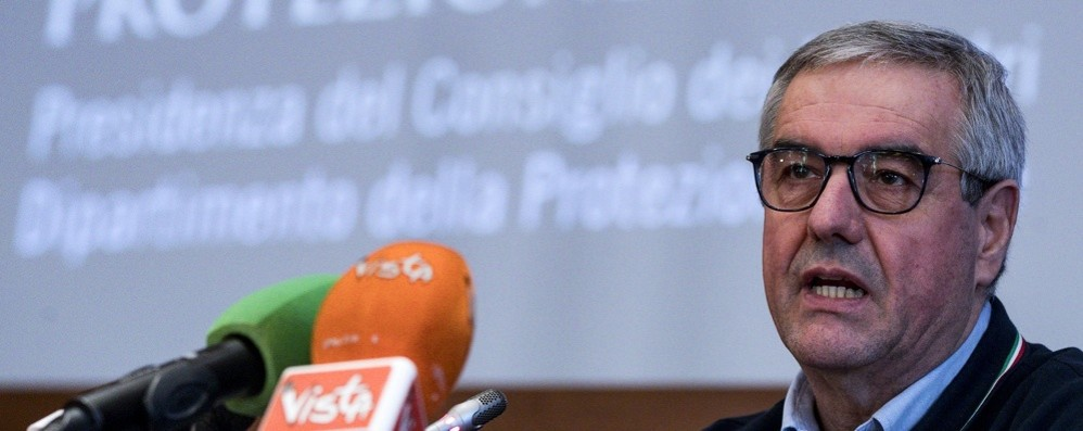 Borrelli: «Entro stasera i provvedimenti» Intanto i morti sono  233, 154 in Lombardia