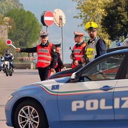 Polizia e carabinieri hanno avviato i controlli L'autocertificazione per spostarsi. Scarica qui