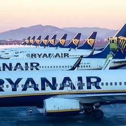 Compagnie cancellano voli da e per Italia  L'annuncio di Ryanair, British e  Wizzair