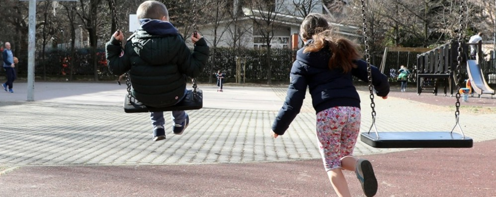 Bonetti: spero presto i bimbi al parco Brusaferro: cautela, e servirà sicurezza