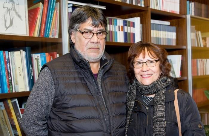 Luis Sepúlveda con la moglie Carmen Yáñez