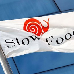 Slow Food lancia «Bottega diffusa» Già 70 produttori locali che portano i prodotti a casa